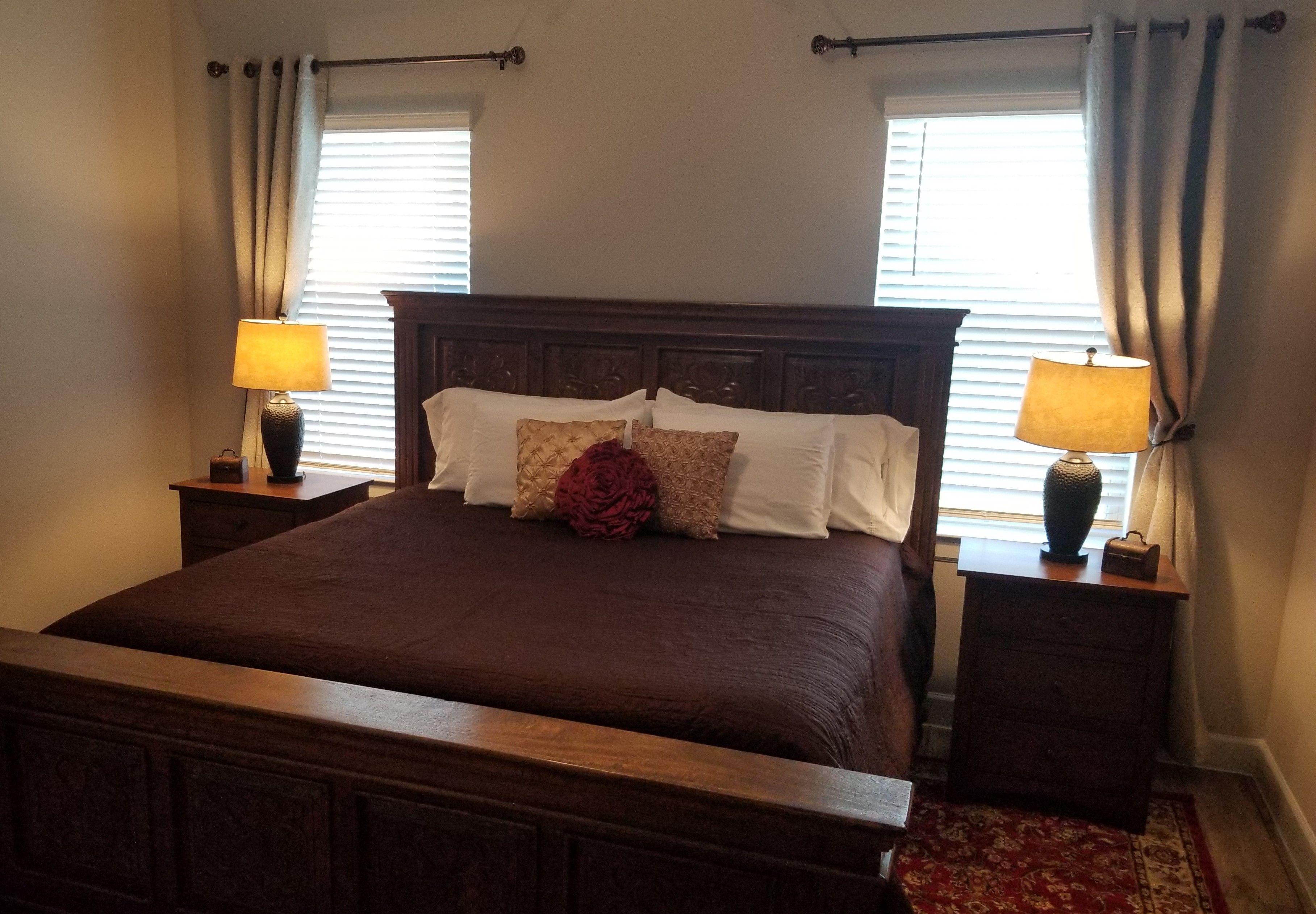 1-Rosewwod Bed.jpg