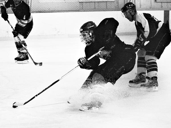 ice-hockey-small.jpg