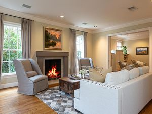 1109 Claire Ave Austin TX-005-030-living-MLS_Size.jpg