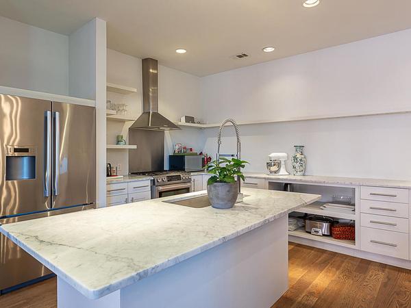1506 W 13th St 16 Austin TX-MLS_Size-004-13-kitchen5-1024x768-72dpi.jpg