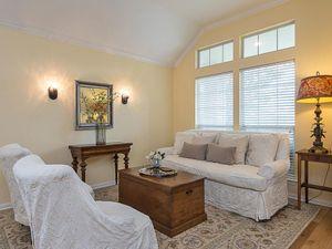 9106 Hillside Terrace Cove-MLS_Size-003-24-living2-1024x768-72dpi.jpg