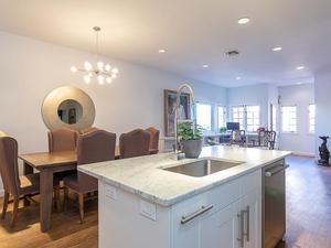 1506 W 13th St 16 Austin TX-MLS_Size-005-17-kitchen8-1024x768-72dpi.jpg