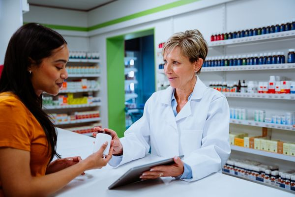 pharmacist with patient2.jpg