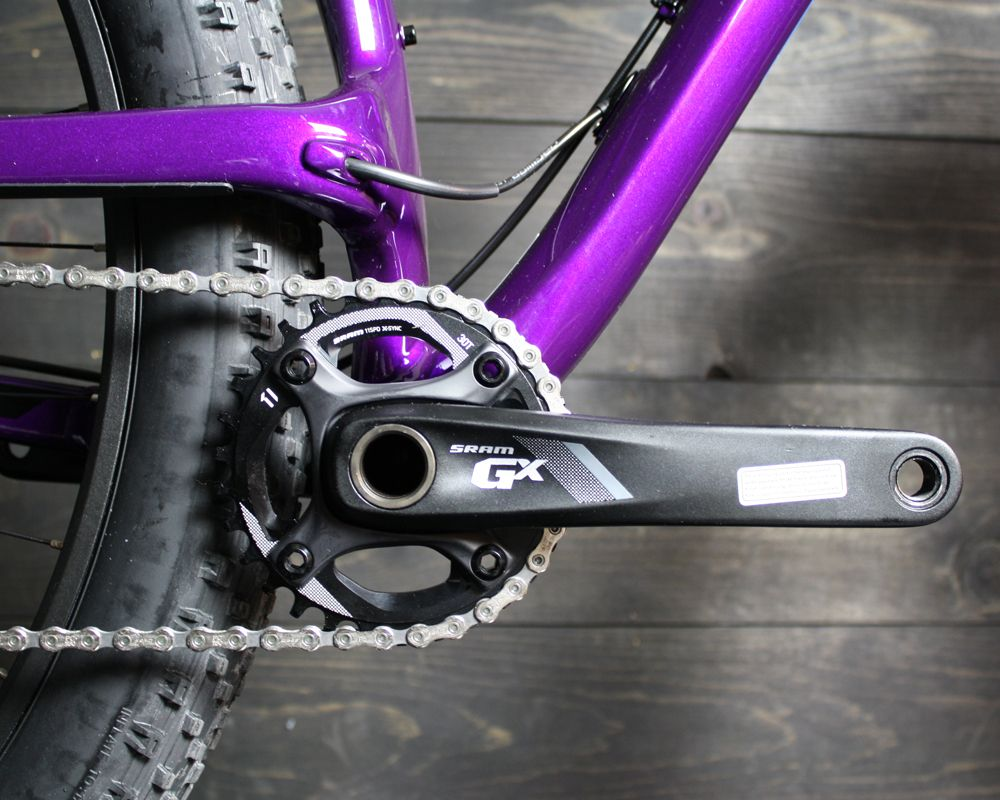 Not a chainstay on the drive side: try midstay
