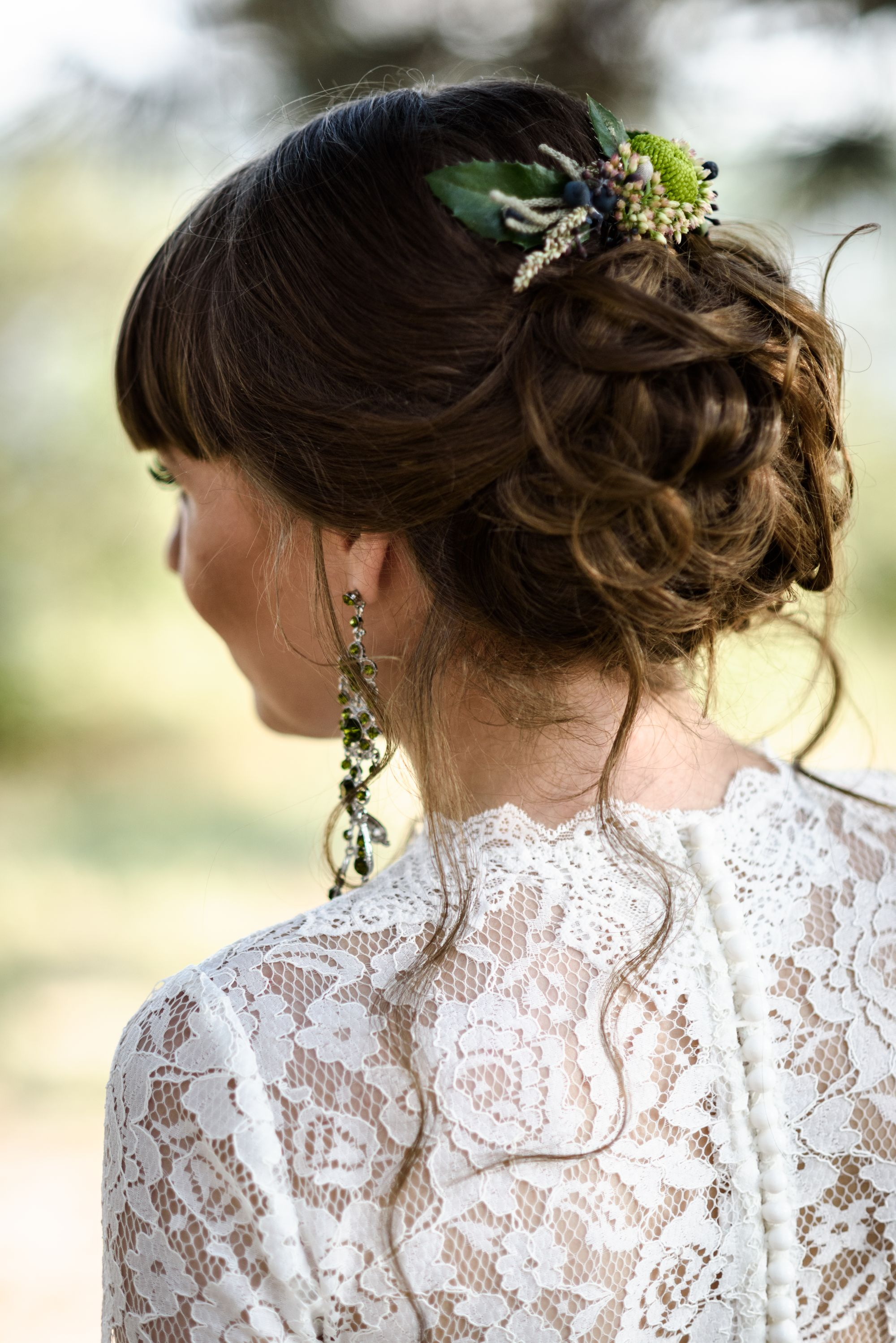 bride-hair-back-LNMQPCW.jpg