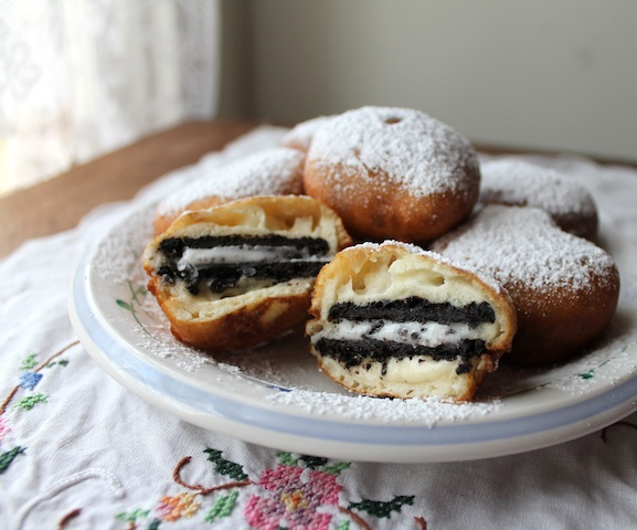 Deep-fried Oreos resampled.jpg