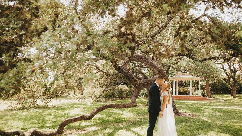 The Winfield Inn   Destination Wedding Venue In Texas Hill ...