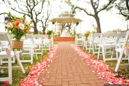 Texas Outdoor Garden Wedding Venue