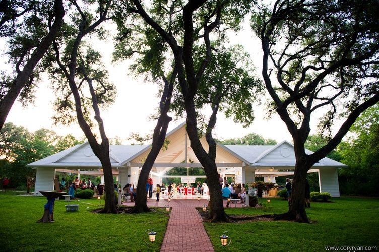 Wedding Venue under Live Oak Trees