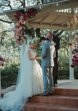 Texas Hill Country Outdoor Wedding