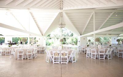 Indoor/Outdoor Wedding Venue Texas Hill Country