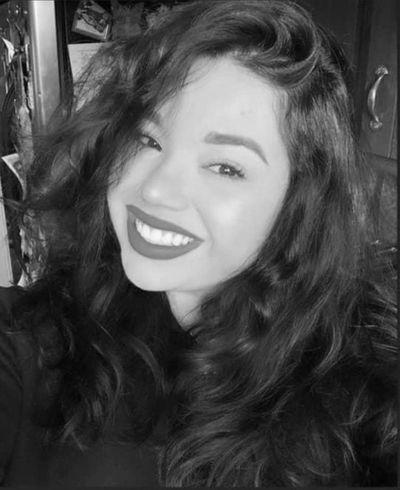 Lindsay selfie .JPG