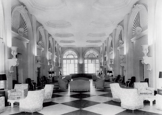 carlton varney dorothy bw int hotel greenbrier.jpg