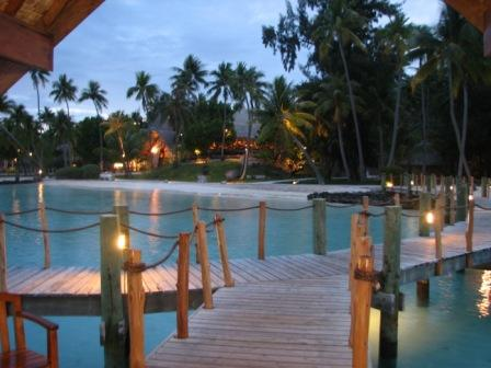 tahita bora bora pearl ext night.jpg