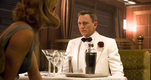 James-Bond-white-Tuxedo.jpg