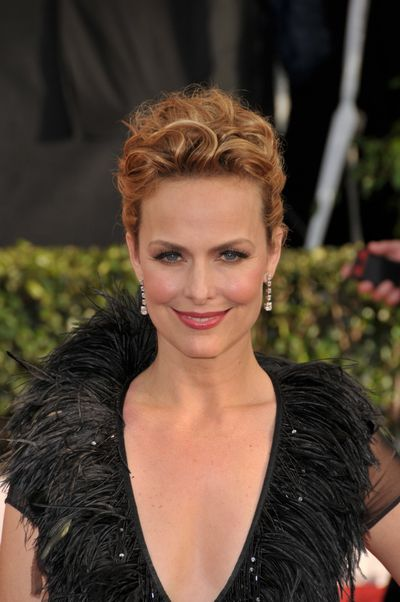 melora-hardin red carpet.jpg