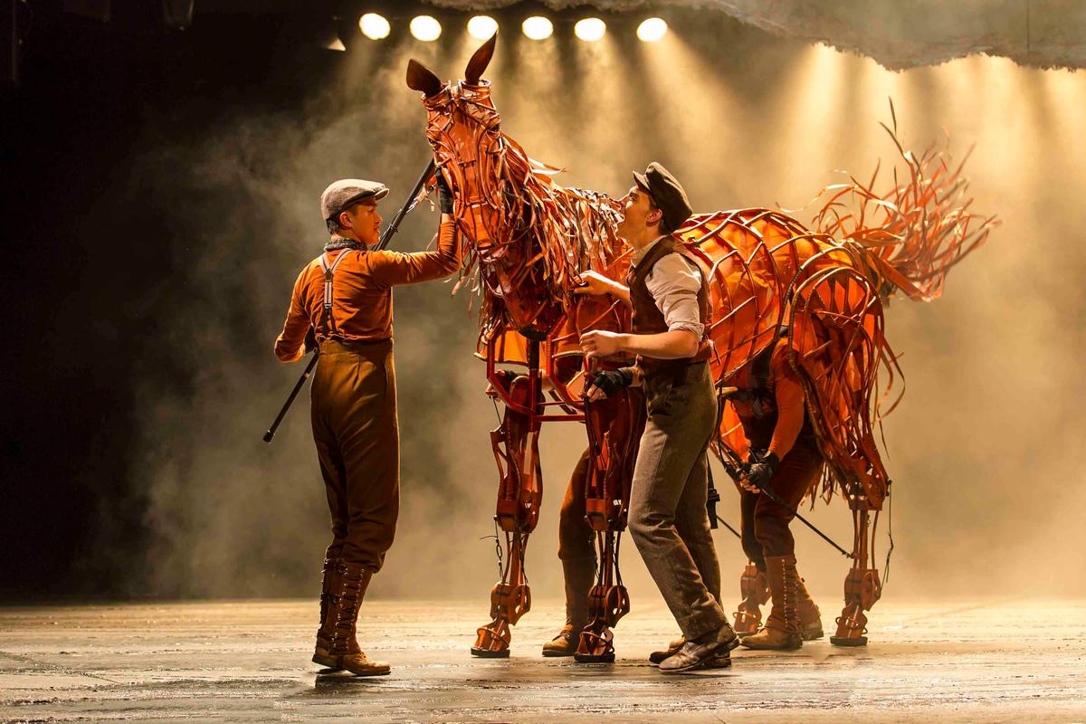 WAR HORSE Albert and Joey. Andrew Veenstra (Albert) with Christopher Mai, Derek Stratton, Rob Laqui (Joey) Photo courtesy of Brinkhoff:Mogenburg.jpg