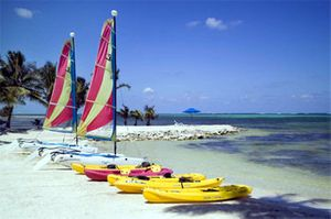 belize boats water.jpg
