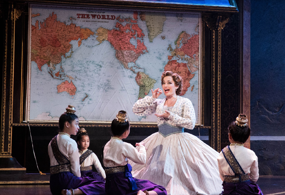 Laura Michelle Kelly as Anna and the Royal Children of Rodgers & Hammerstein's The King and I. Photo by Matthew Murphy..png