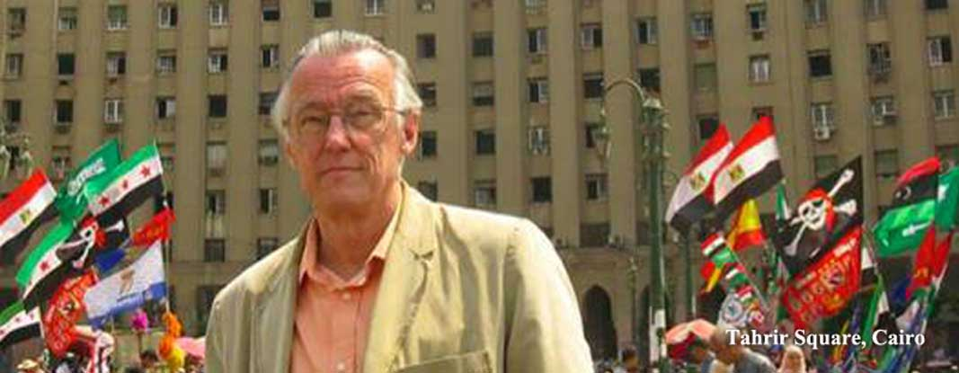 graham-in-tahrir-square-cairo2.jpg