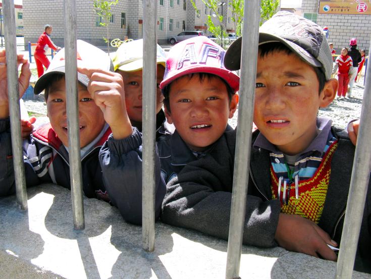 Schoolboys_in_Tibet.png
