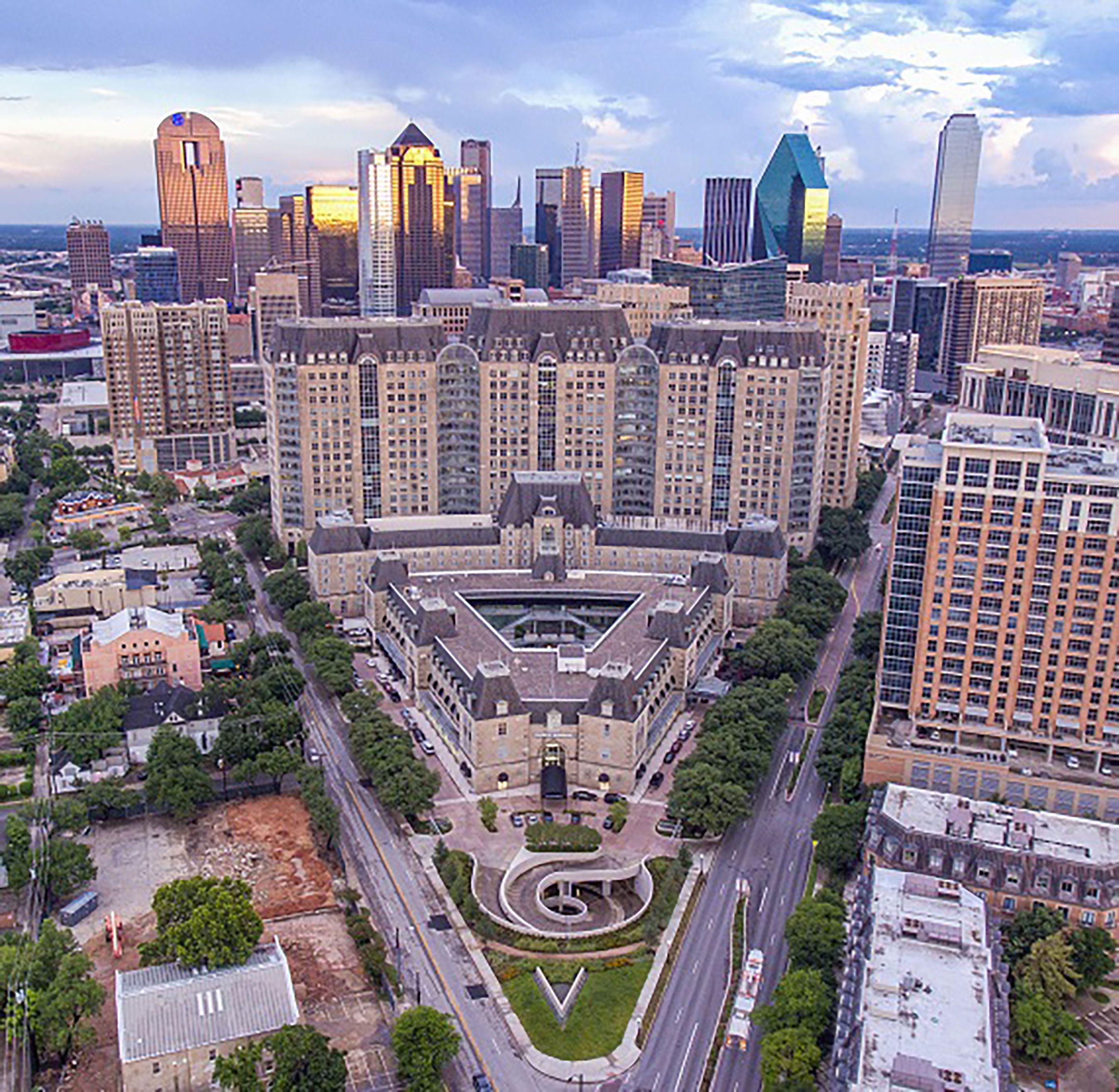 Uptown Dallas Real Estate