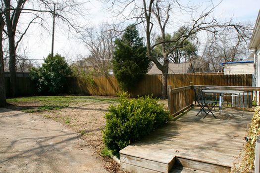 backyard_19_14089839215_o.jpg