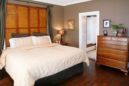 master_bedroom_14_14086716032_o.jpg