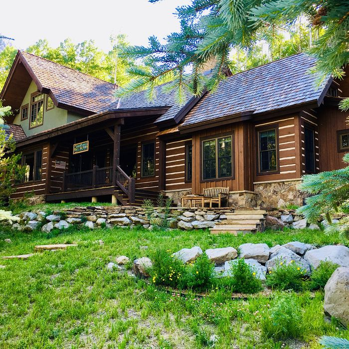 COLORADO-HOUSE-RELCOATION-SECOND-PAGE-SUMMER.jpg