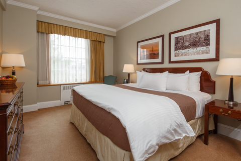Classic Guest Rooms at the Tidewater Inn