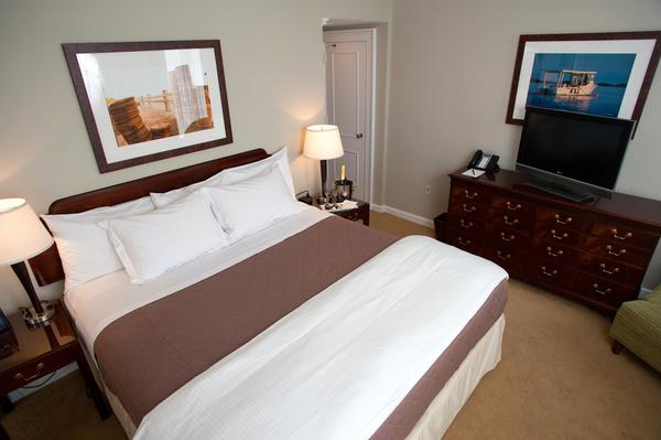 King Suite - Bedroom 3 - High.jpg