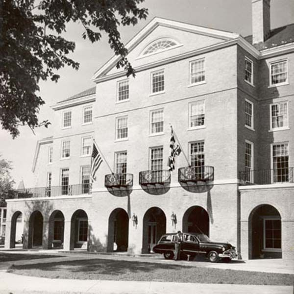 tidewater inn history - Easton MD Hotel