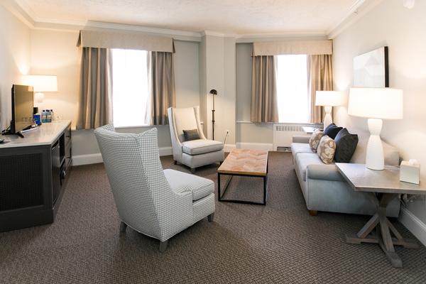 Premier King Suite (2).jpg