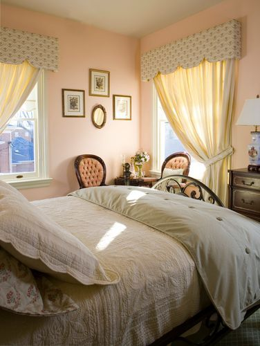 Victorian Suite 202 Dover