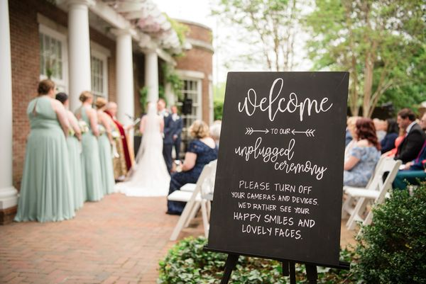 Tidewater Inn Courtyard Ceremony