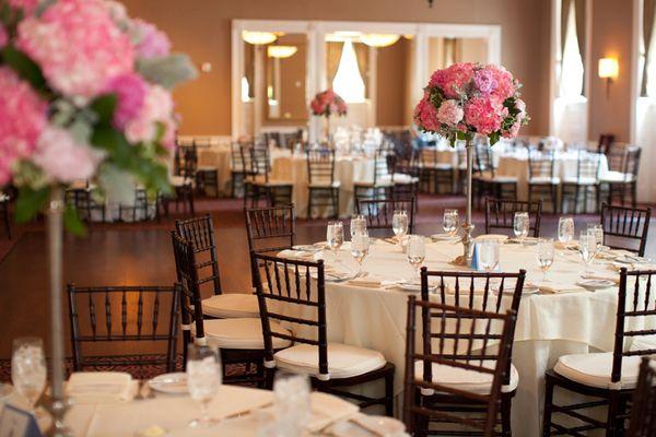 Historic-Tidewater-Inn-Easton-Wedding-Photos-by-Liz-and-Ryan-031.jpg