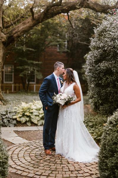 43840d0dee Eastern-Shore-Romantic-Secret-Garden-Tidewater-Inn-Wedding-