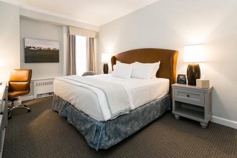 Premier King - Hotels In Easton MD