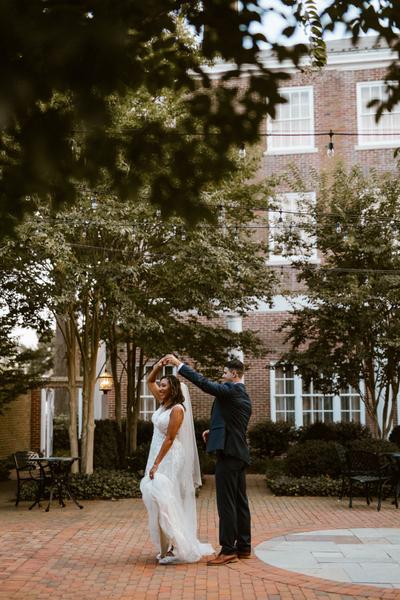 Eastern-Shore-Romantic-Secret-Garden-Tidewater-Inn-Wedding-Photographer-156.jpg