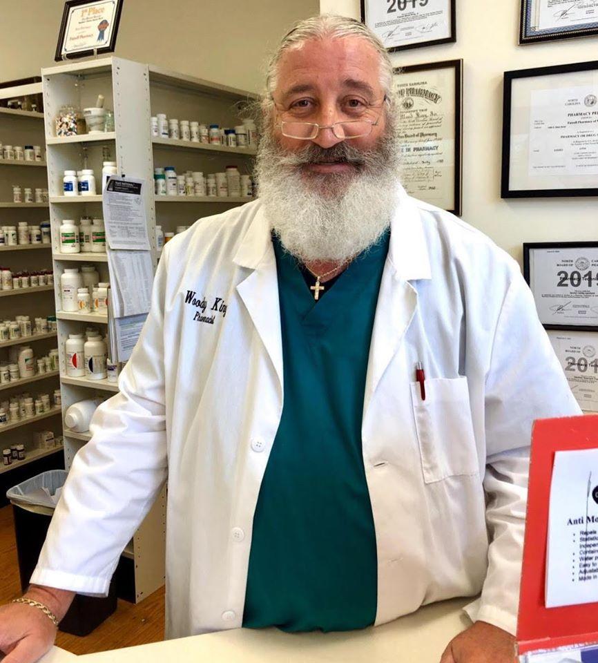 futrell-pharmacy-warrenton-pharmacist-woody-king.jpg
