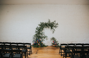 Unique Wedding Flower Arrangement and Venue