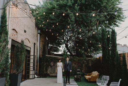 Austin Outdoor Wedding Venue Courtyard