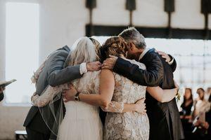 Bridal-Family-Gathering.jpg
