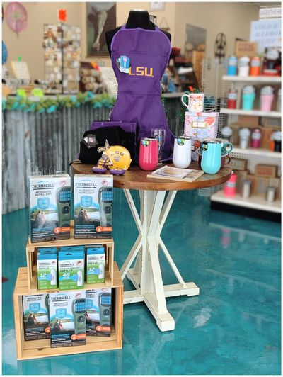 Gift Shop 3.jpg