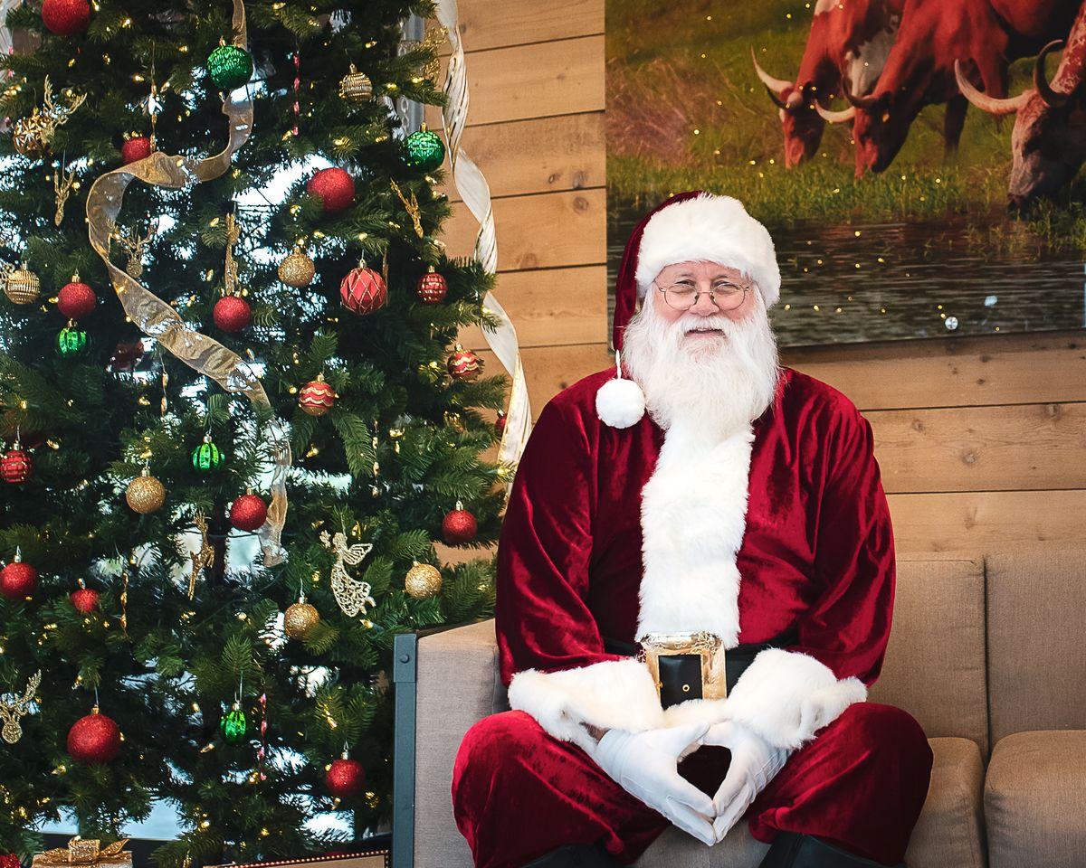 Callitera Santa Photos 2019-2-2019.jpg