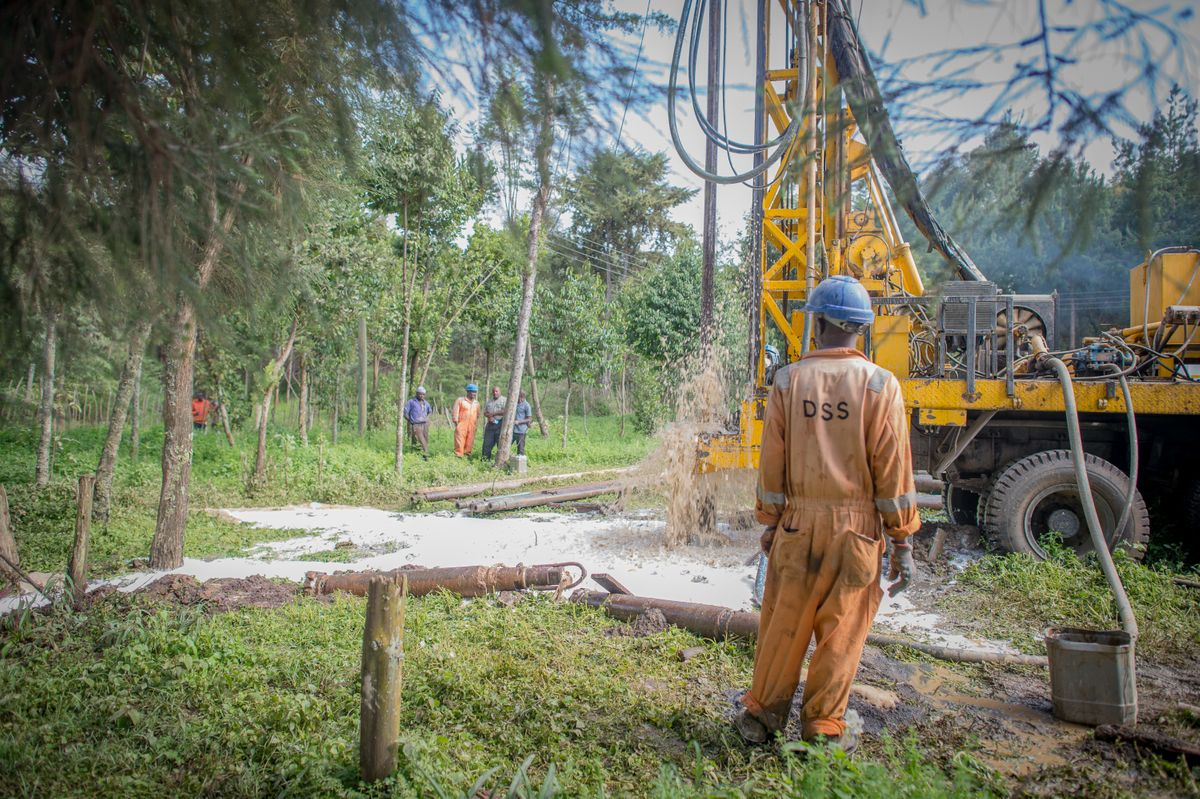 Cheptoroi- drill workers watch drill water explode- June 2019 (round 5) (12 of 16).jpg