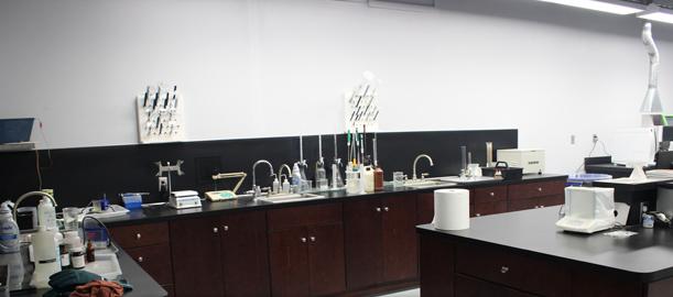 wet-lab-1.jpg