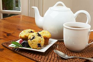 Photo Link to In-Room Dining- Breakfast Muffin and Tea.jpg