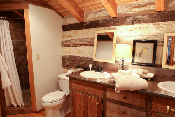 Log Cabin Bathroom.jpg