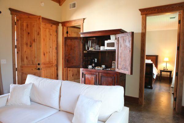 Laurel Living Room.jpg